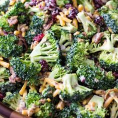 Broccoli Salad Easter Side Dishes, Side Dishes Easy, Side Dish Recipes, Recipes Dinner, Dessert Recipes, Easter Dinner Menu Ideas, Easter Dinner Ideas, Party Side Dishes, Picnic Side Dishes