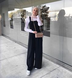 Which outfit do you like ? Modest Dresses, Modest Outfits, Modest Fashion, Dress Outfits, Girl Fashion, Fashion Outfits, Style Fashion, Modest Clothing, Abaya Fashion