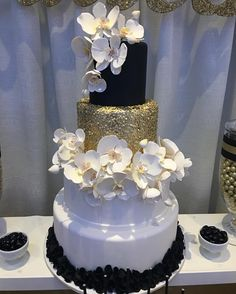See this Instagram photo by @dressmycake • 407 likes