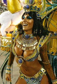 Roaring twenties milf for carnaval