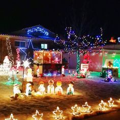 We went around the neighborhoods spotting Christmas lights and were amazed. How much do people spend on these??? Some had carousels ferris wheels lights that moved with the music... amazing!  #colorado #visitcolorado #coloradolive #cometolife #christmas #christmaslights #holidaylights #travel #matka #reissu #jouluvalot (via Instagram)