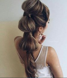 Big voluminous bubble ponytail