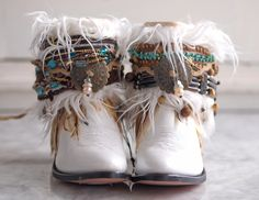 60 Ideas For Boho Cowboy Boats Outfit Bohemian Black Cowgirl, Cowgirl Boots, Cowboy Boot Bling, Cute Shoes, Me Too Shoes, Botas Boho, Estilo Hippie Chic, Boot Bracelet, Boot Jewelry