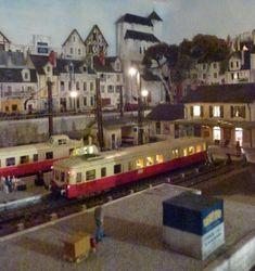 A la découverte de Chinon St Jacques en H0 - Page 21 - Forums LR PRESSE Tour Saint Jacques, St Jacques, Model Trains, Diorama, Miniatures, Map, Saint Lazarus, Location Map, Dioramas