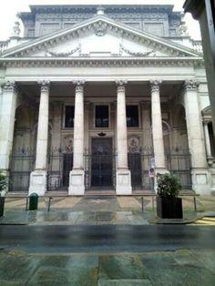 Chiesa di San Filippo. Via Maria Vittoria