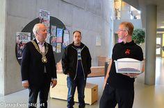 Opening van Jeugd Vechtsport met Burgemeester Noordanus tijdens eerste les