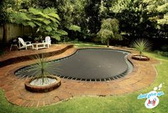 great way to refurbish a pool spot! Cool shape in ground trampoline Recycled Trampoline, Garden Trampoline, Sunken Trampoline, In Ground Trampoline, Best Trampoline, Trampoline Ideas, Trampoline Park, Trampolines, Pool Care