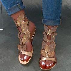 Pure color casual satin pattern slipper – Iount Beach Shoes, Beach Sandals, Gold Fashion, Womens Fashion, Style Fashion, Fashion Shoes, Ladies Fashion, Camo Fashion, Leopard Fashion