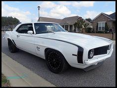 1969 Chevrolet Camaro Pro Touring 454 CI, 5-Speed