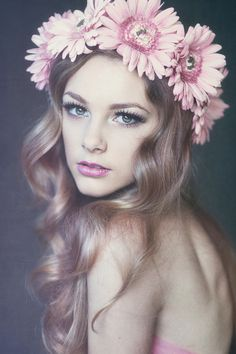Big curls with floral headpiece