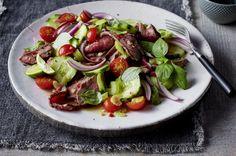 Unser beliebtes Rezept für Rindfleischsalat mit Kirschtomaten und mehr als 55.000 weitere kostenlose Rezepte auf LECKER.de.