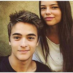 Eleonora et Leonardo Boy And Girl Best Friends, Disney Shows, Millie Bobby Brown, Disney Channel, Cute Couples, Tv Shows, Actresses, Photos, My Love