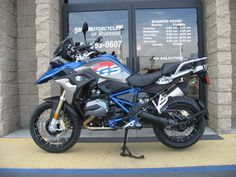 2017 BMW R 1200 GS Rally Premium Lupin Blue / Light Grey Metalli Price And Modification Picture