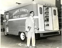 Mystery Fanfare: National Bookmobile Day: Vintage Photos