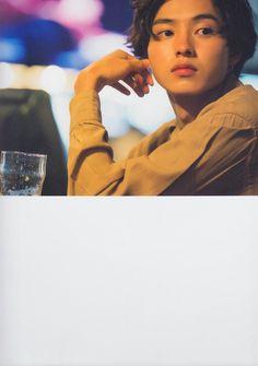 Cute Japanese Boys, Japanese Face, Japanese Men, Kento Yamazaki, Kakashi Sensei, Aesthetic People, Takeshi Kaneshiro, Attractive People, Ulzzang Boy