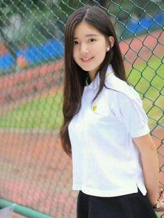 See more ideas about Girls selfies, Sexy asian girls and Asian girl. Cute Korean Girl, Cute Asian Girls, Cute Girls, School Girl Japan, Beautiful Chinese Girl, Girls Selfies, Lucky Girl, Chinese Actress, Ulzzang Girl
