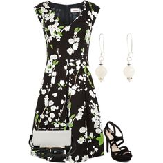 A fashion look from April 2015 featuring robes d'été, chaussures à plate-forme et color block purse. Browse and shop related looks.