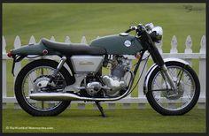Vintage Norton 750 Commando Fastback...