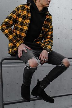 Bad boy style outfits for men - - Bad boy style outfits for men Source by culturacolectiva Cool Outfits For Men, Stylish Mens Outfits, Casual Outfits, Men Casual, Urban Style Outfits, Dress Outfits, Flannel Shirt Outfit, Hoodie Outfit, Mode Swag