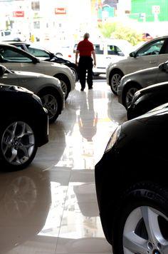 Sessão de fotos na ComfortCar. #carros #loja #venda