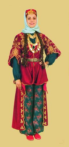 Traditional bridal/festive costume from the province of Elazığ.  Clothing style: urban, ca. 1925.     This is a workshop-made copy, as worn by folk dance groups.