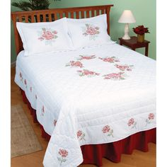 Stamped White Quilt Top -XX Roses | Overstock.com