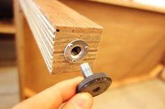 ラブリコとディアウォールといえば、2×4などの木材を突っ張って固定できる、賃貸DIYの強い味方です。しかし木材を突っ張らせることができるのはこの2つだけではありません。今回はまだまだたくさんある木材を突っ張らせる方法をご紹介しましょう。