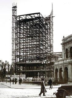 Bucharest, Time Travel, Wonderful Places, Romania, Louvre, Victoria, Memories, History, Building