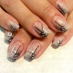 20 Cute Nail Art Designs Ideas for Stylish Girls Nail Tip Designs, Cute Nail Art Designs, Christmas Nail Art Designs, Beautiful Nail Designs, Stone Nails, Popular Nail Colors, Feather Nails, Nails Now, Diamond Nails