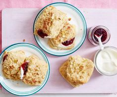 Whether you're after a delicious morning tea or after-school snack recipe, these quick & easy apple & cinnamon scones have you covered. Best served with jam & cream!