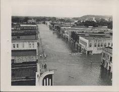 1951 flood scenes in Manhattan, Kansas - 5 - Kansas Memory Old Photos, Vintage Photos, Manhattan Kansas, Ol Days, Good Ol, Paris Skyline, Apple, History, Soaps