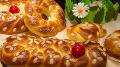 9 Wonderful Suggestions for Impressive Curls … Greek Desserts, Greek Recipes, Tsoureki Recipe, Greek Easter Bread, Greek Pastries, Greek Dishes, Easter Recipes, Meal Planning, Food And Drink