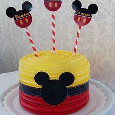 Bolinho do Mickey lindo e maravilhoso para o Felipe que já está completando 5 meses #bolo #goiania #gyn #festas #festainfantil #mesversario #chantininho #bolodemenino #bolomickey #mickey #love #instagood #instalove #instalike #cute #love #docevida #docevidatortas