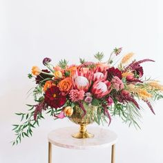 Bold large tropical inspired arrangement.