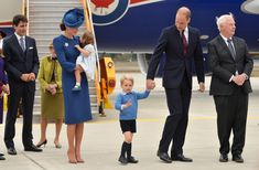 Kate Middleton Photos Photos - The Prime Minister of Canada Justin Trudeau (L) watches after greeting Prince William, Duke of Cambridge, Catherine, Duchess of Cambridge, Prince George of Cambridge and Princess Charlotte of Cambridge arrive at Victoria International Airport on September 24, 2016 in Victoria, Canada. - 2016 Royal Tour to Canada of the Duke and Duchess of Cambridge - Victoria, British Columbia