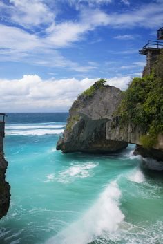Suluban (Blue point) Beach, Bali, Indonesia