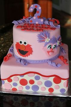 Really cute Elmo and Abby birthday cake. Add your little one's favorite Sesame Street characters to personalize. Elmo First Birthday, 2nd Birthday Party Themes, Elmo Party, Birthday Cake Girls, Birthday Fun, Birthday Ideas, Sesame Street Birthday Cakes, Sesame Street Cake, Sesame Street Cupcakes