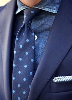 Men's Navy Blazer, Navy Chambray Dress Shirt, Navy Polka Dot Tie, White and Black Gingham Pocket Square Sharp Dressed Man, Well Dressed Men, Mens Fashion Blog, Men's Fashion, Mode Masculine, Black Pocket Square, Navy Blazer Men, Navy Blazers, Classic Men