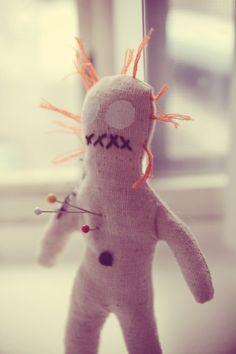 Voodoo Pincushion Voodoo Hoodoo, Voodoo Dolls, Doll Parts, Pincushions, Macabre, Halloween Crafts, Dark Side, Art Dolls, Brain