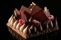Sinfully by Makati Shangri-La'sCakeof the Month for October 2013, Rapture.