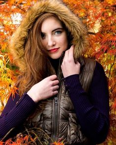 Although it's technically already winter here in Japan the colors were still out in some locations last weekend. #seniorpictures #classof2017 #fallfashion #fallcolors #leaves #orange #red #maple #japanesemaple #japan #yokohama #winter #winterfashion #fur #glamour #beauty #plum #fashion #love #model #cover #magazine