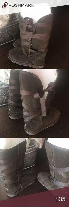 new arrival 6c39e 325d7 New no box ukala emu ribbon wrap shearling boots 7 Emu boots.