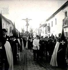 El Cachorro Trinidad, Seville, Concert, Christ, Sorority, Buenaventura, Antique Photos, Blanco Y Negro, History