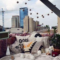 Dreamy Mondays.✨ 📷: @mckayla_staton . . . . . #uolexington #uokentucky #uohome #uoaroundyou #smallspaces
