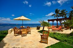 Oceanfront Lounging and Dining Area