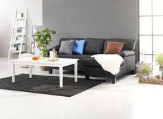 AULUM coffee table, GEDSER sofa.