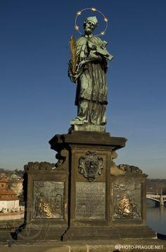 Sochy Karlova Mostu-Jan Nepomucký