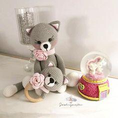 Crochet Cat Pattern, Crochet Bunny, Crochet Patterns Amigurumi, Crochet Animals, Free Pattern, Diy Crochet Toys, Crochet For Kids, Stuffed Toys Patterns, Crochet Animal Amigurumi