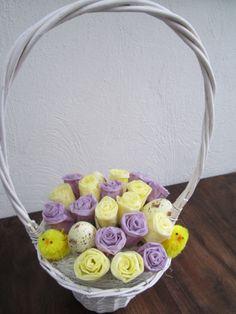 bloemen gemaakt van zakdoekjes en kaarsvet
