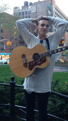 Jamie Campbell Bower, Pop-up concert in Union Square in NYC on May 3, 2014